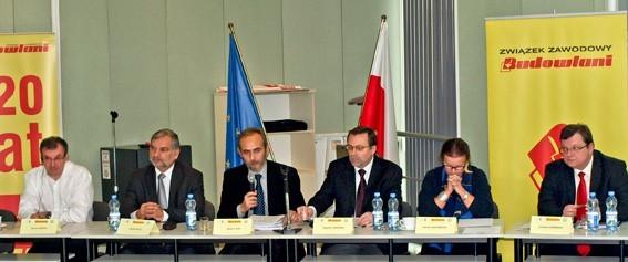 Prezydium międzynarodowej konferencji poświęconej pracownikom oddelegowanym