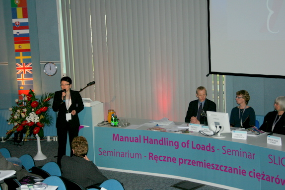 Wykład podczas międzynarodowej kampanii Mniej Dźwigaj