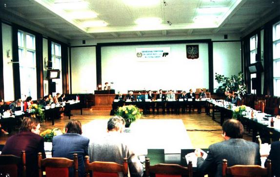 Uczestnicy Subregionalnego sympozjum Międzynarodowej Organizacji Pracy